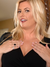 AllOver30 – Blonde MILF Kala