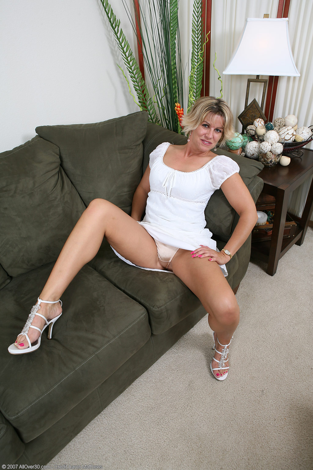 allover30 - hot milf anne hello all out there :) hope you all are