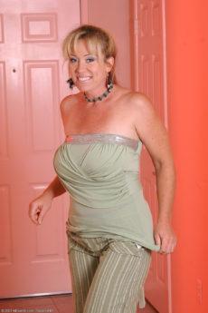 AllOver30 – Busty MILF Anita