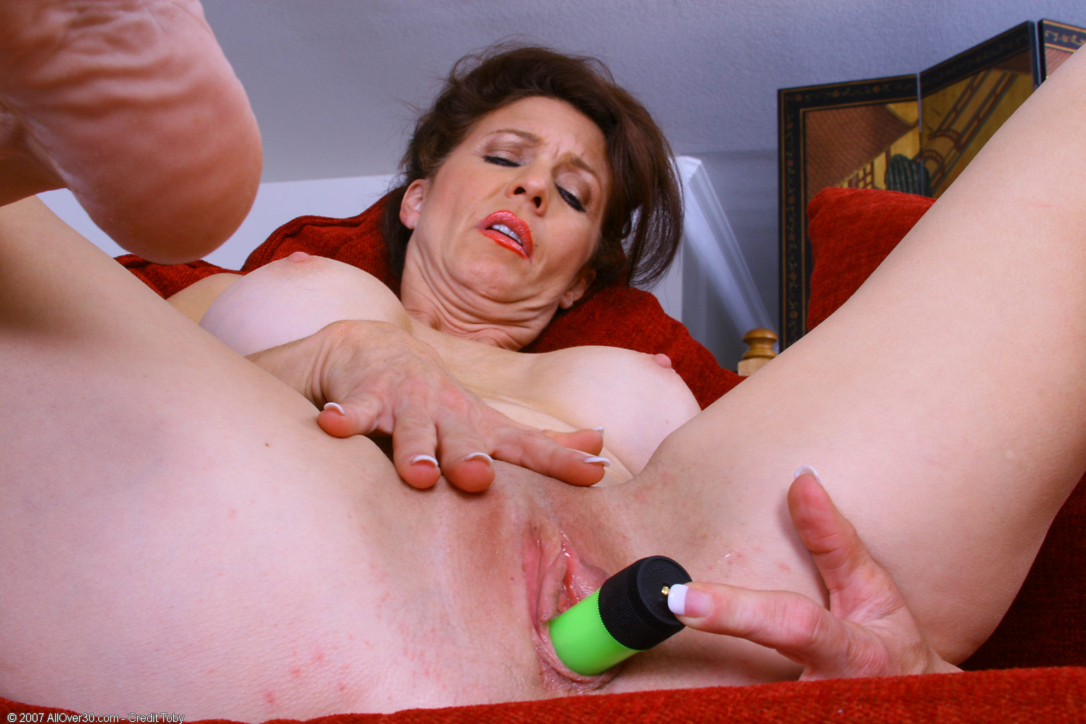 Artemesia is all about dominating and stripping 1