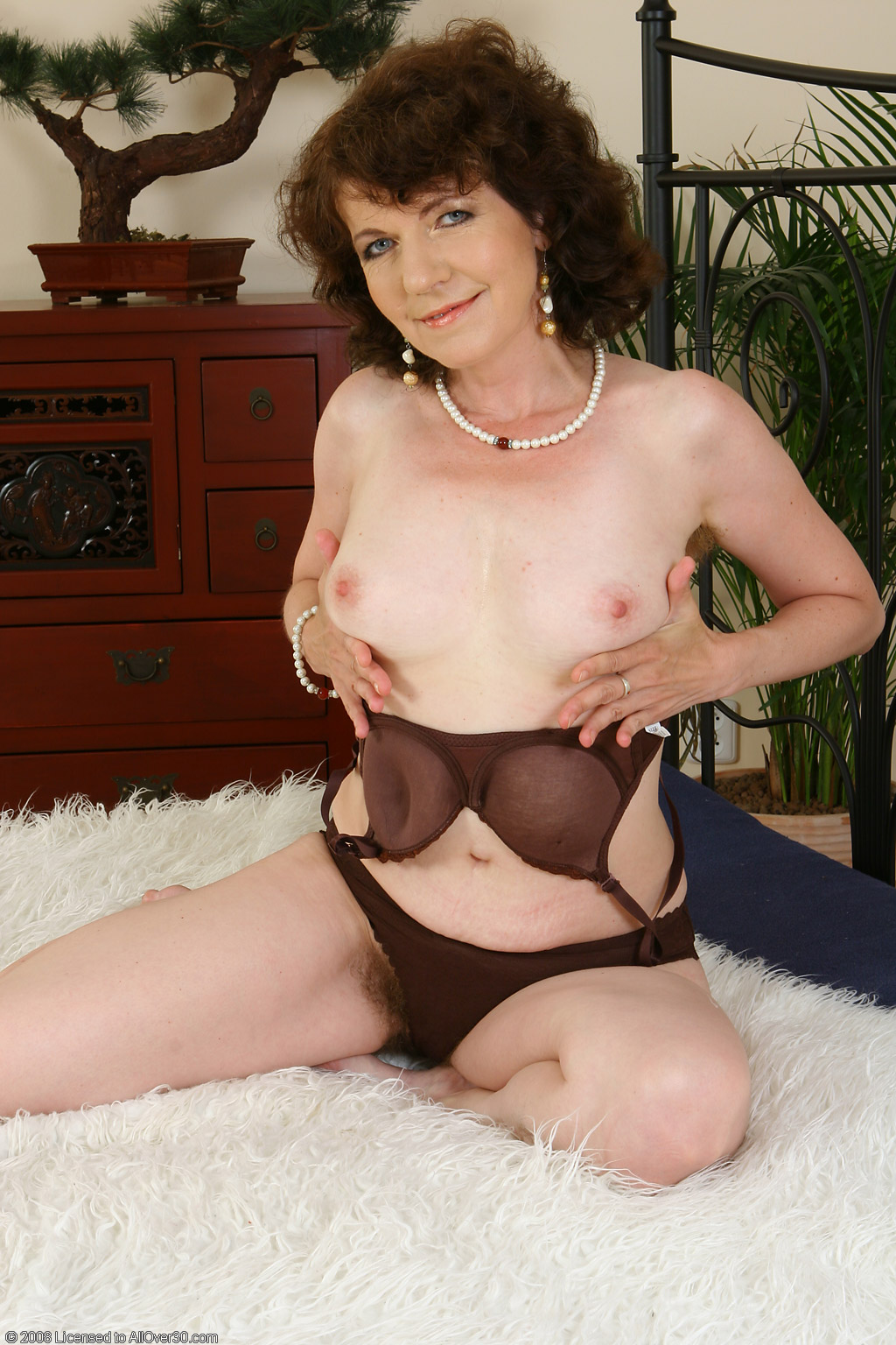 Hairy sexy granny know