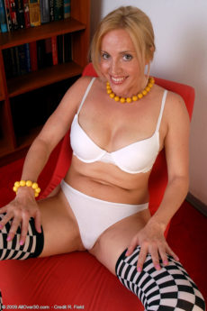 AllOver30 – MILF Katrina Wants You To Talk Dirty To Her