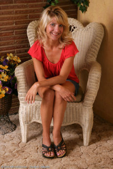 AllOver30 – Sidney's a Blonde MILF Who Has More Fun
