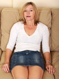 AllOver30 – Susie Is Petite and Likes It Rough