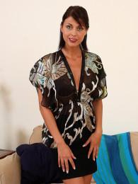 Claudia U