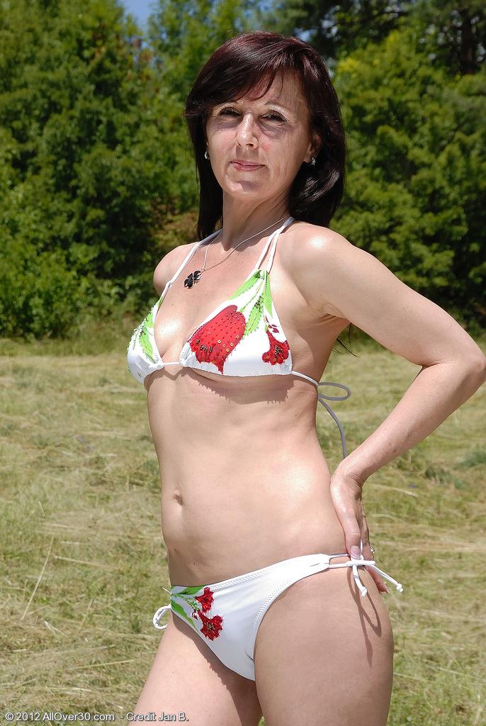 Mc nudes mature women