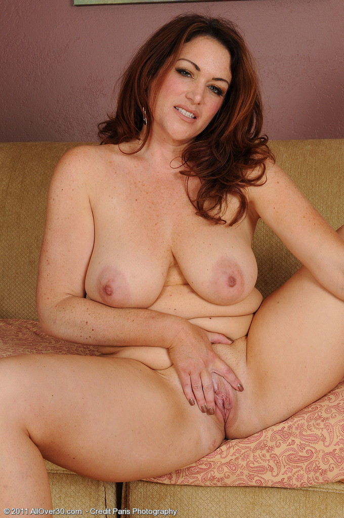 You Milf natural naked mature women