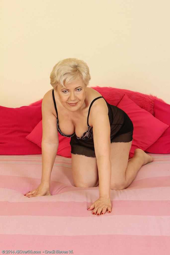58 year old granny milf senior citizen fucks like she 18 p2 10