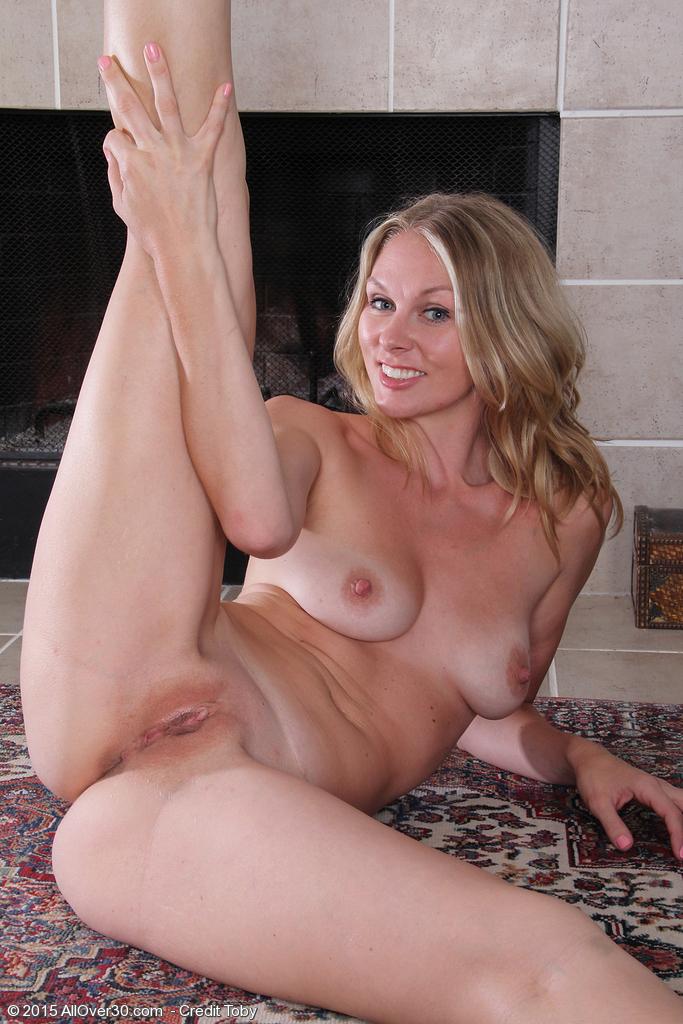 Elaine mature milf porn