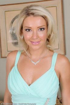 Laura Bentley