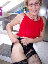 Georgina c mature nude