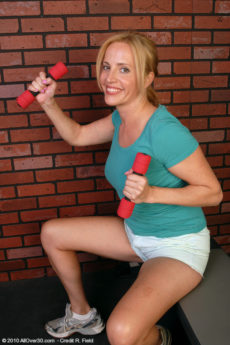 39 year old blonde MILF Katrina gets playful after her workout